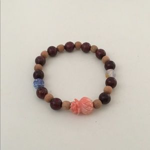 Jewelry - Stretchy wood beaded bracelet with accents